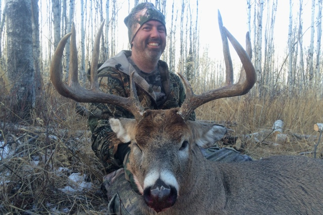 Whitetail Deer Hunting Alberta Canada Mikes Outfitting