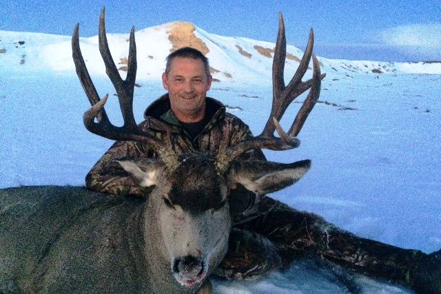 Canada Mule Deer Hunting Mikes Outfitting