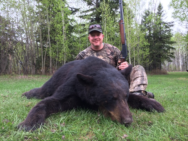Mike's Outfitting Black Bear Hunting