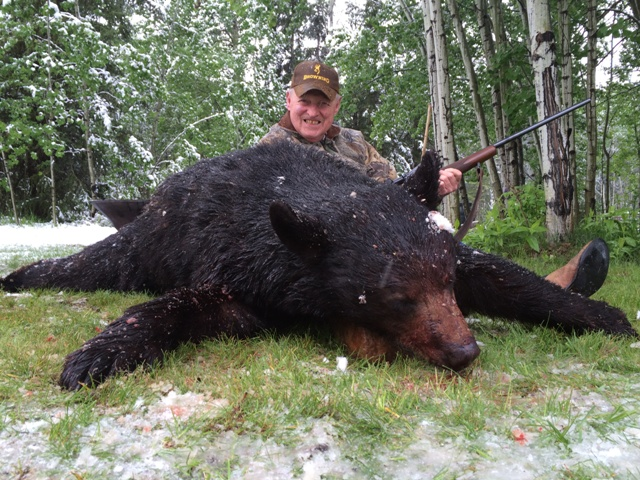 Canada Bear Hunting Mike's Outfitting